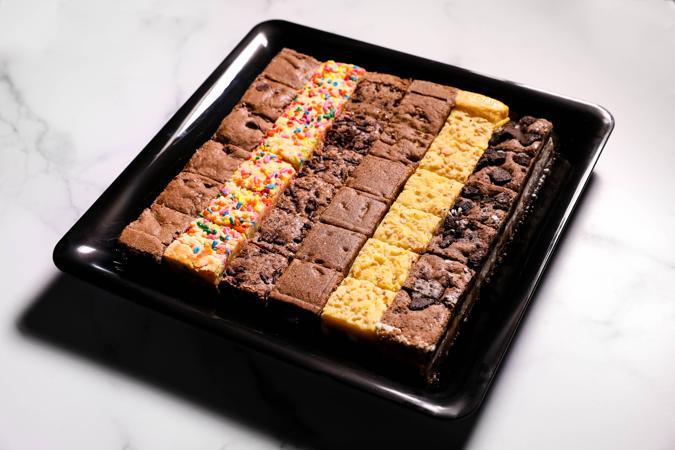 Assorted Killer Brownie bites tray - 36 bites